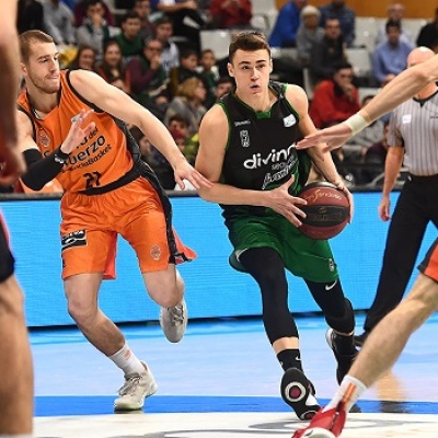 Neno Dimitrijevic contra el Valencia Basket / Foto de David Grau