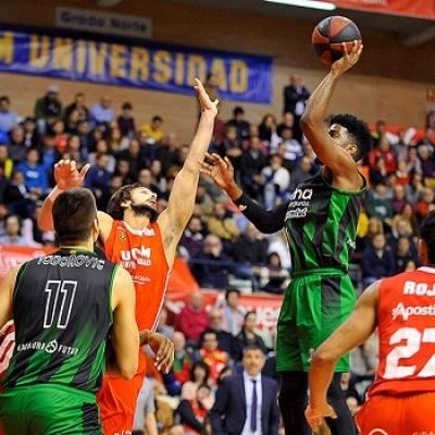 Shawn Dawson contra el UCAM Murcia