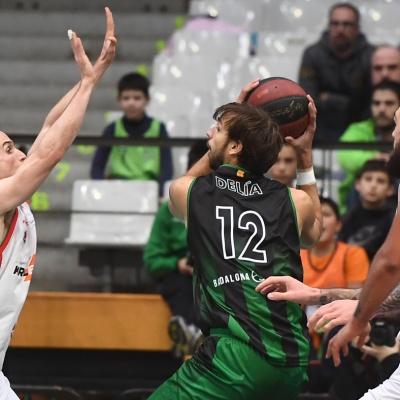 Divina Seguros Joventut - Kirolbet Baskonia de la primera volta de l'ACB / Foto: David Grau