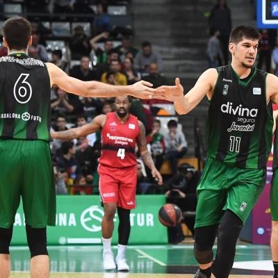 Todorovic i López-Arostegui contra el Zaragoza / Foto: David Grau