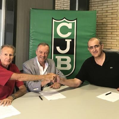 De izquierda a derecha: Arseni Conde (CB Prat), Manel Dunjó (AE Badalonès) y Juan Antonio Morales (CJB)