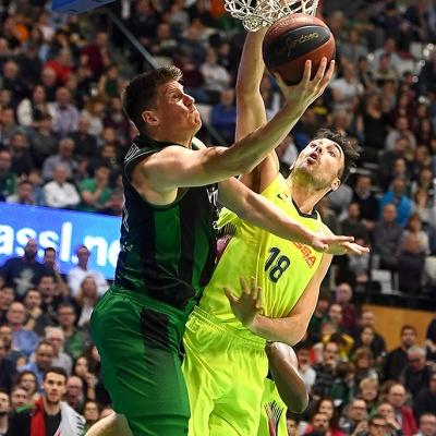 Luke Harangody contra el Barça Lassa / Foto: David Grau