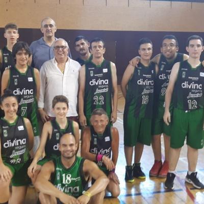 El equipo de basket unificado, con el presidente Juan Antonio Morales