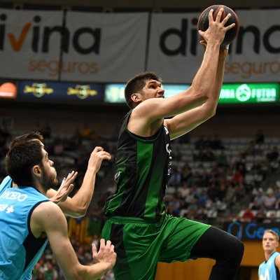 Todorovic contra el Movistar Estudiantes / Foto: David Grau