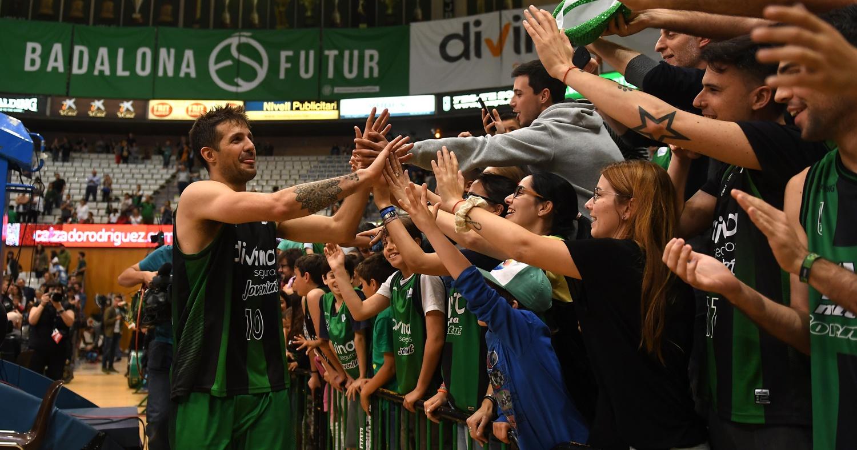 Vuelta de honor tras lograr la clasificación para los playoffs 2018-19 de la Liga Endesa