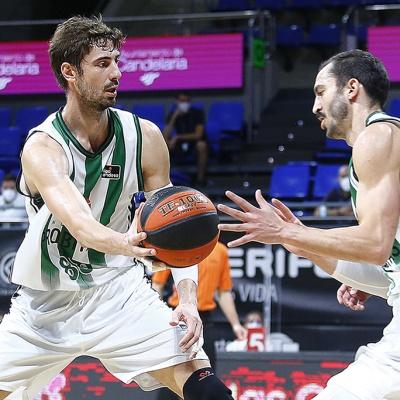 Ante Tomic i Pau Ribas, contra l'Iberostar Tenerife / ACB Photo / E.Cobos