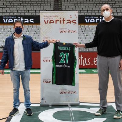 Juanan Morales, president del Club Joventut Badalona, i Silvio Elías, director general de Veritas