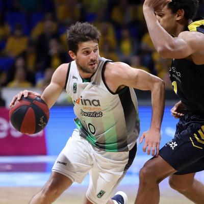 Nico Laprovittola contra el Iberostar Tenerife / ACB Photo: A. Pérez