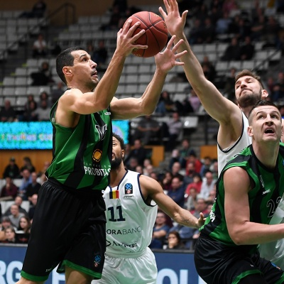 Nikos Zisis, contra el MoraBanc Andorra / Foto: David Grau