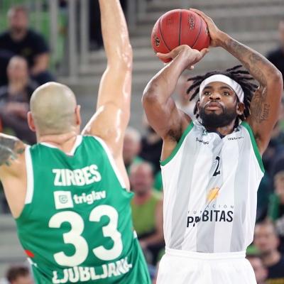 Perrin Buford, contra el Cedevita Olimpija Ljubljana