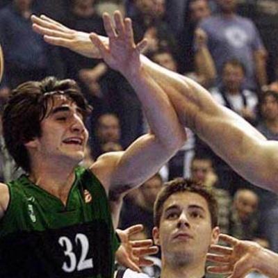 Ricky Rubio, en acció contra el Partizan