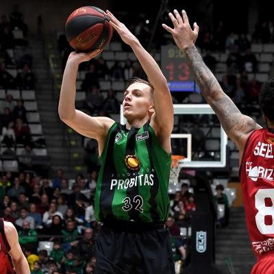 Arturs Zagars, contra el Casademont Zaragoza