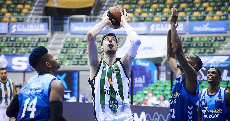 Ante Tomic, en una acció del partit / ACB Photo:  Borja B. Hojas