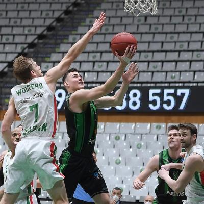 Neno Dimitrijevic, contra UNICS Kazan