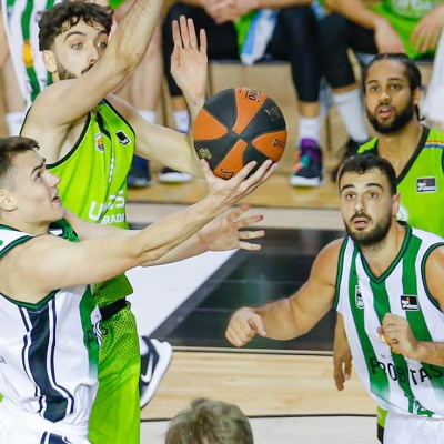 Neno Dimitrijevic, en una acció del partit / ACB Photo: A.Pacheco
