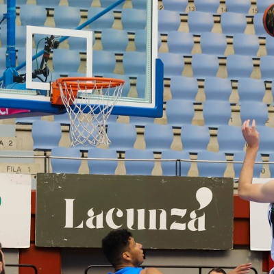 Simon Birgander, contra Acunsa GBC / ACB Photo: O.Araujo